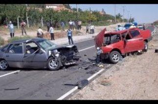 Araç içi kameralara ve Mobeselere Yakalanmış En Korkunç Trafik Kazaları #1