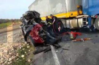 Mardin'de trafik kazası 1 ölü / 09 04 2016 / MARDİN