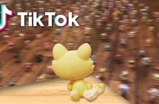 "LPS: TikTok ""Someone Like You"" Adele Gummy Bear Concert Meme WITH LPS"