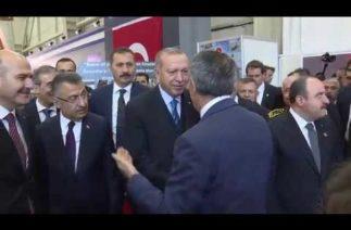 Bakan Akar, Cumhurbaşkanımız Sayın Erdoğan ile Birlikte IDEF Fuar Alanını Gezdi