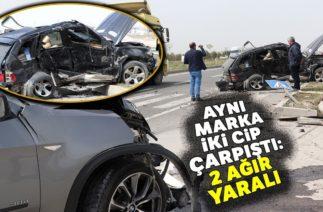 Aksaray'da Trafik Kazası! Aynı Marka 2 Otomobil Çarpıştı!