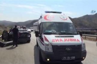 Kırıkkale'de Zincirleme Trafik Kazası 1'i Çocuk 11 Yaralı
