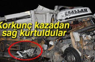 Zincirleme Trafik Kazası Sonrası Araçlar Hurdaya Döndü: 5 Yaralı