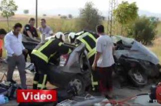 Ölümlü trafik kazası kameraya yansıdı