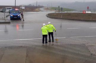 Adıyaman'da Trafik Kazası, İki Otomobil Çarpıştı; 1 Ölü, 3 Yaralı