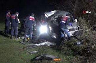 Bafra'da Trafik Kazası; 1 Ölü, 2 Yaralı