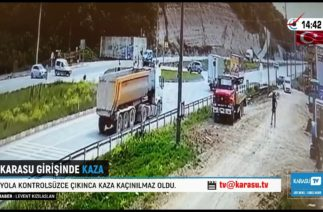 Karasu girişinde trafik kazası. Sakarya