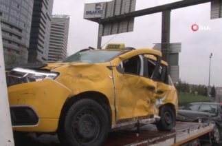 Kayganlaşan Yolda Trafik Kazası 2 Yaralı