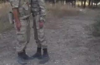 Komutanını deli eden asker (komik videolar)
