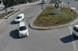 Trafik kazaları kameraya yansıdı