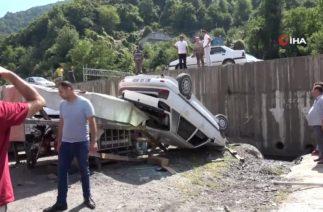 Zonguldak'ta Trafik Kazası! Otomobil 3 Metrelik Duvardan Uçtu