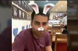 Erkan Meriç yemek yerken kameralara böyle komik anlar yaşandı!!!