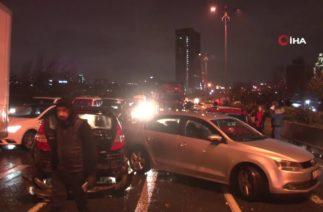 Bağcılar'dan Zincirme Trafik Kazası, 10 Araç Birbirine Girdi
