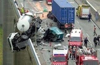 Dünyanın en feci trafik kazaları
