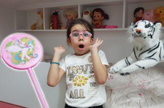 Çok Şeker yiyen Elif'i Annesi Sihirle Kedi Yaptı. Komik Çocuk Videoları