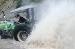 TikTok En Etkileyici Traktör Videoları #99