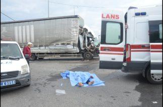 Ünye'de Kaza: 1 ölü 1 yaralı