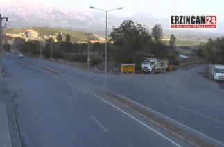 Erzincan Üzümlü'de Trafik Kazaları MOBESE Kameralarında