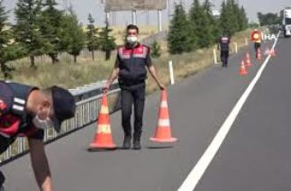 Kayseri-Ankara karayolunda trafik kazası: 3 ölü