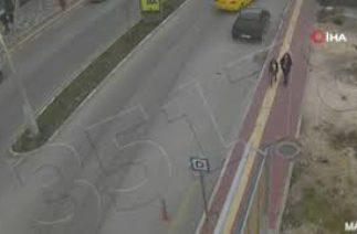 Mardin'de trafik kazaları güvenlik kameralarına yansıdı