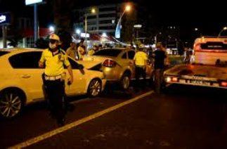 Malatya'da 4 aracın karıştığı zincirleme trafik kazası