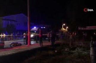 Dikili'de trafik kazası: Sürücü kayıp