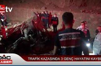 Trafik kazasında 3 genç hayatını kaybetti
