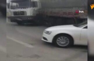 Konya'da sis nedeniyle kaza yapan araçlar, amatör kamera tarafından görüntülendi