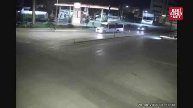 Eskişehir'de Ağustos ayında yaşanan trafik kazaları mobese kameralarına yansıdı