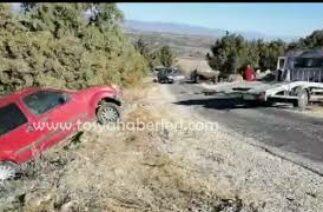Tosya-Bayat Köyü maddi hasarlı trafik kazası