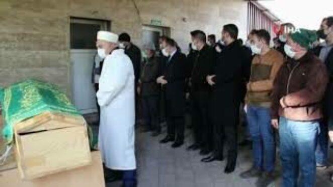 Elazığ'daki feci kazada, hayatını kaybedenler son yolculuğuna uğurlandı