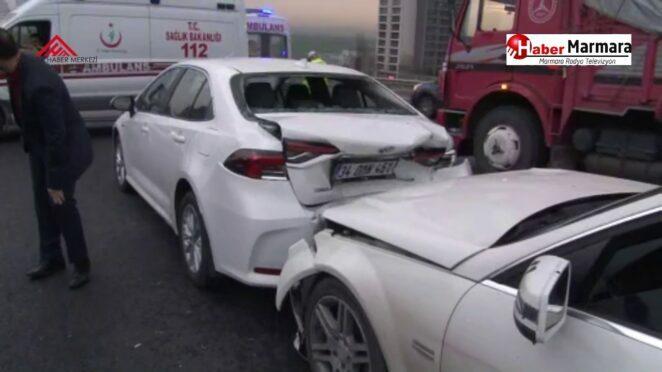 Tem Otoyolu Avcılar Gişeler Mevkiinde 12 Aracın Karıştığı Zincirleme Kaza !