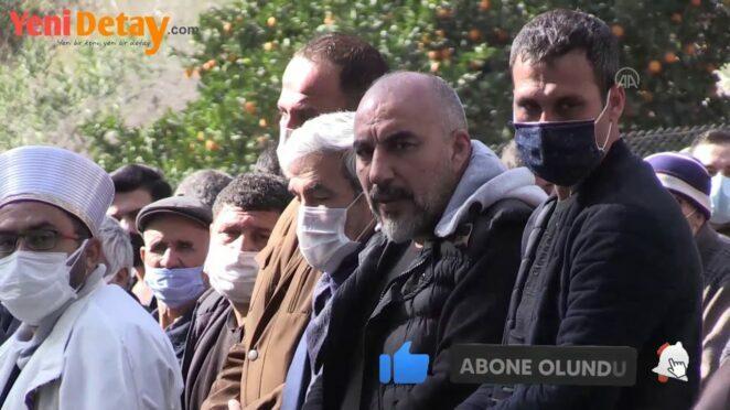 Antalya'da trafik kazasında ölen 6 kişi defnedildi