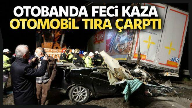 Gaziantep-Kahramanmaraş Yolunda Trafik Kazası, Otomobil Tırın Altında Girdi