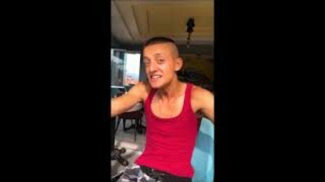 Mesut Özil e benzeyen adam tiktok videoları / Mesut Özil dans