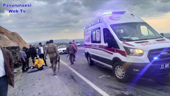 Diyarbakır'da feci kaza ,5 ölü, 4 yaralı