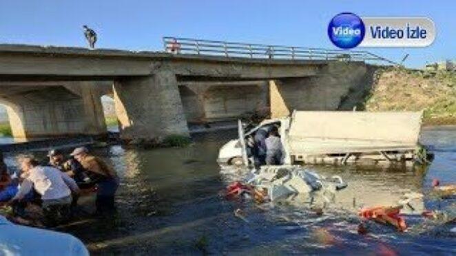 Çaldıran'da Trafik Kazası: 3 Yaralı