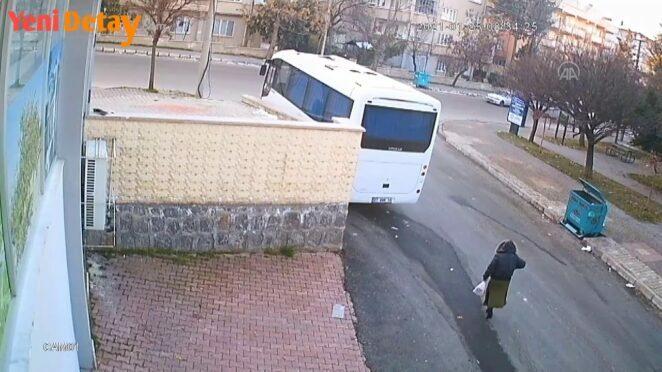 Gaziantep'teki ölümlü trafik kazası güvenlik kamerasında