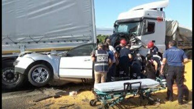 (MANİSA) Salihli'de zincirleme kaza: 3 ölü, 5 yaralı