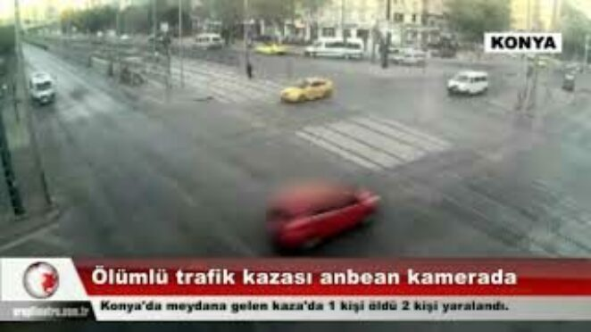 Ölümlü trafik kazası anbean kamerada