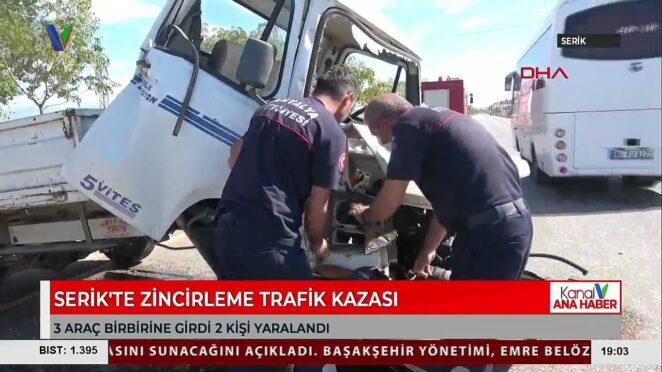 SERİK'TE ZİNCİRLEME TRAFİK KAZASI